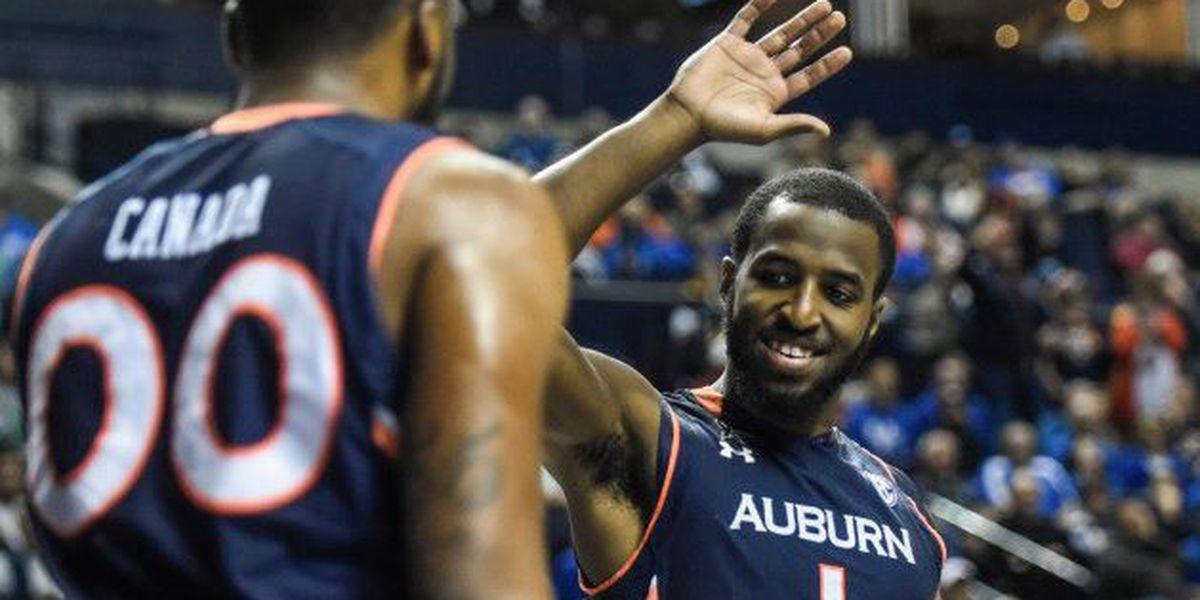 Auburn advances in SEC Tourney over Texas A&M