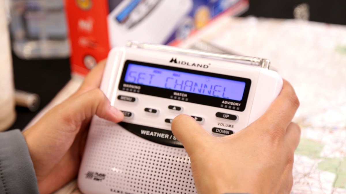 First Alert Weather Tour 2019: Programming weather radios