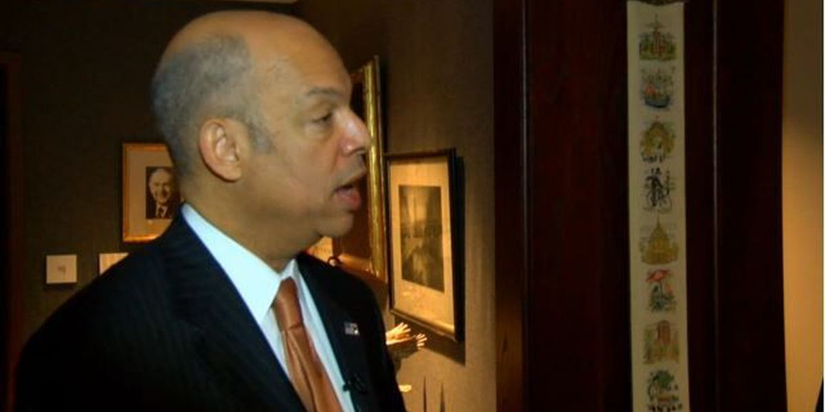 Is the U.S. doing enough to screen Syrian refugees? Hear from DHS' Jeh Johnson at 5 a.m.