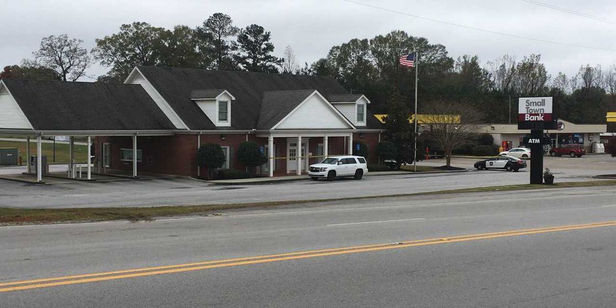 4 arrested after Cleburne Co. bank robbery