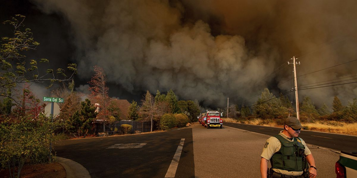 Wildfire devastates California town of Paradise