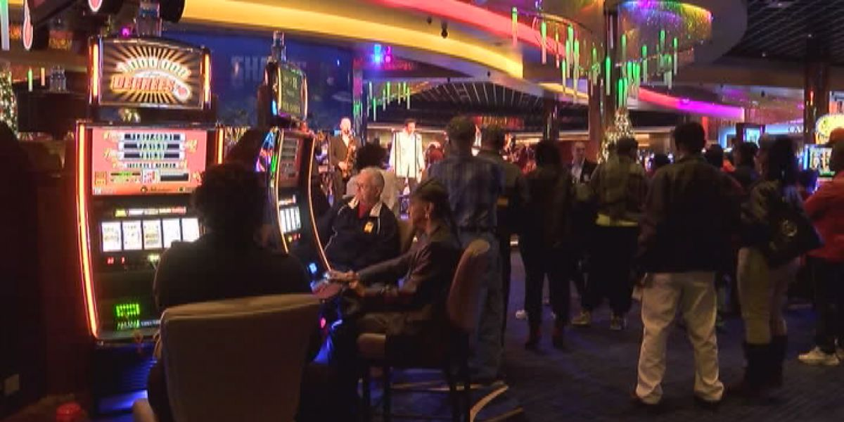 Ivey says she would 'consider' talking with Poarch Creeks about proposed gaming plan