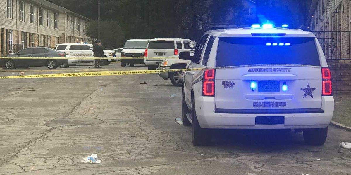 19-year-old shot in Center Point Wednesday morning, search underway for shooter