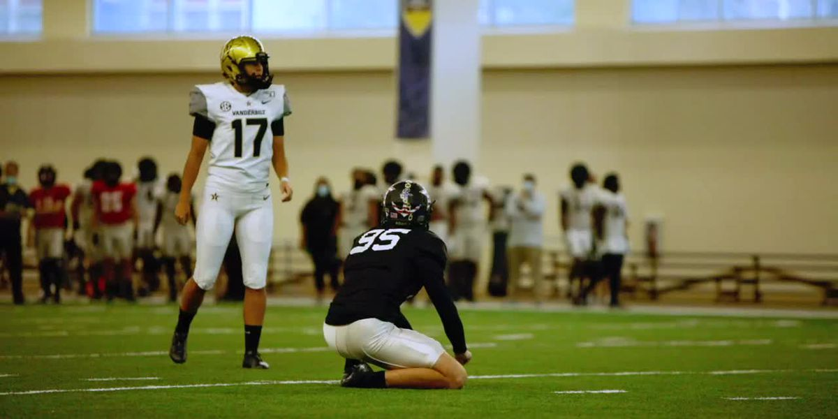 Sarah Fuller practices with Vandy football team