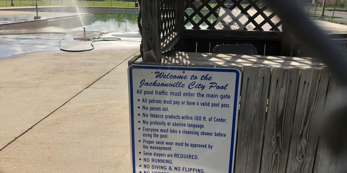 Jacksonville raises, lowers admission prices to its public swimming pool