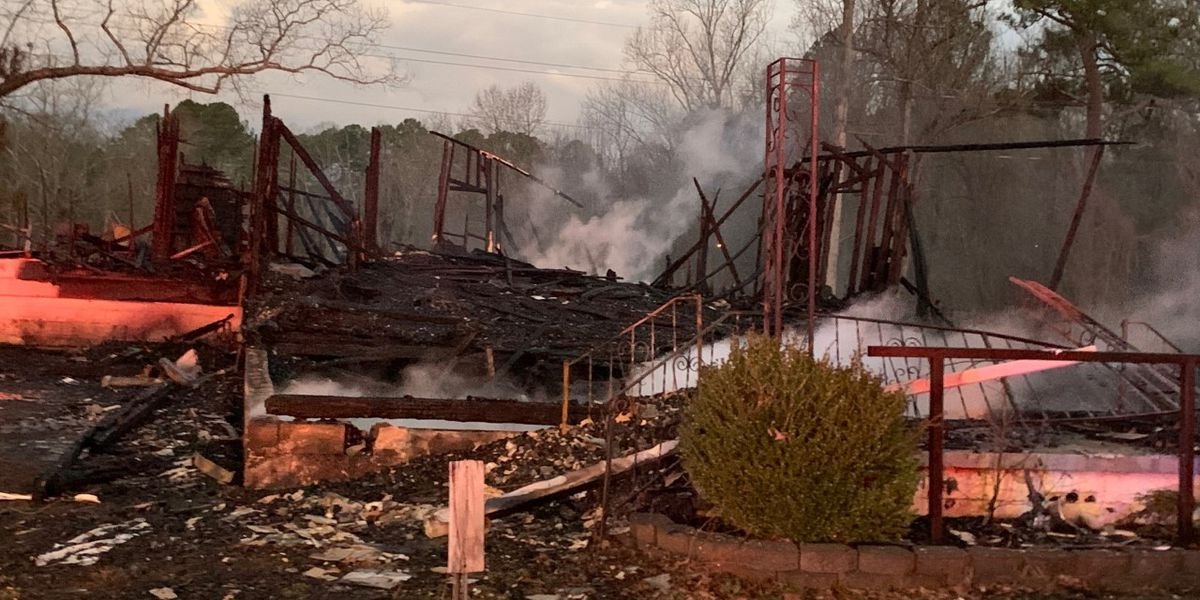 Morning fire destroys abandoned church in Jefferson Co.