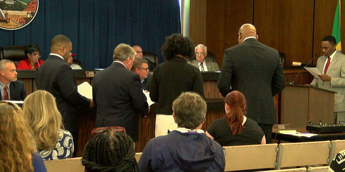 Newly elected Gadsden city school board sworn into office