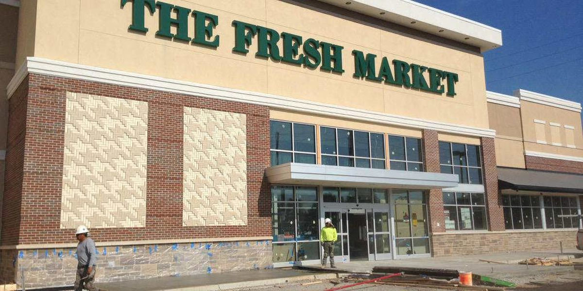 Stores in new Tuscaloosa shopping center to begin opening in August