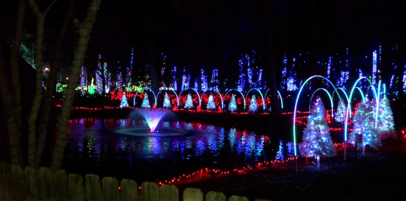 Noccalula Falls Christmas light show extended