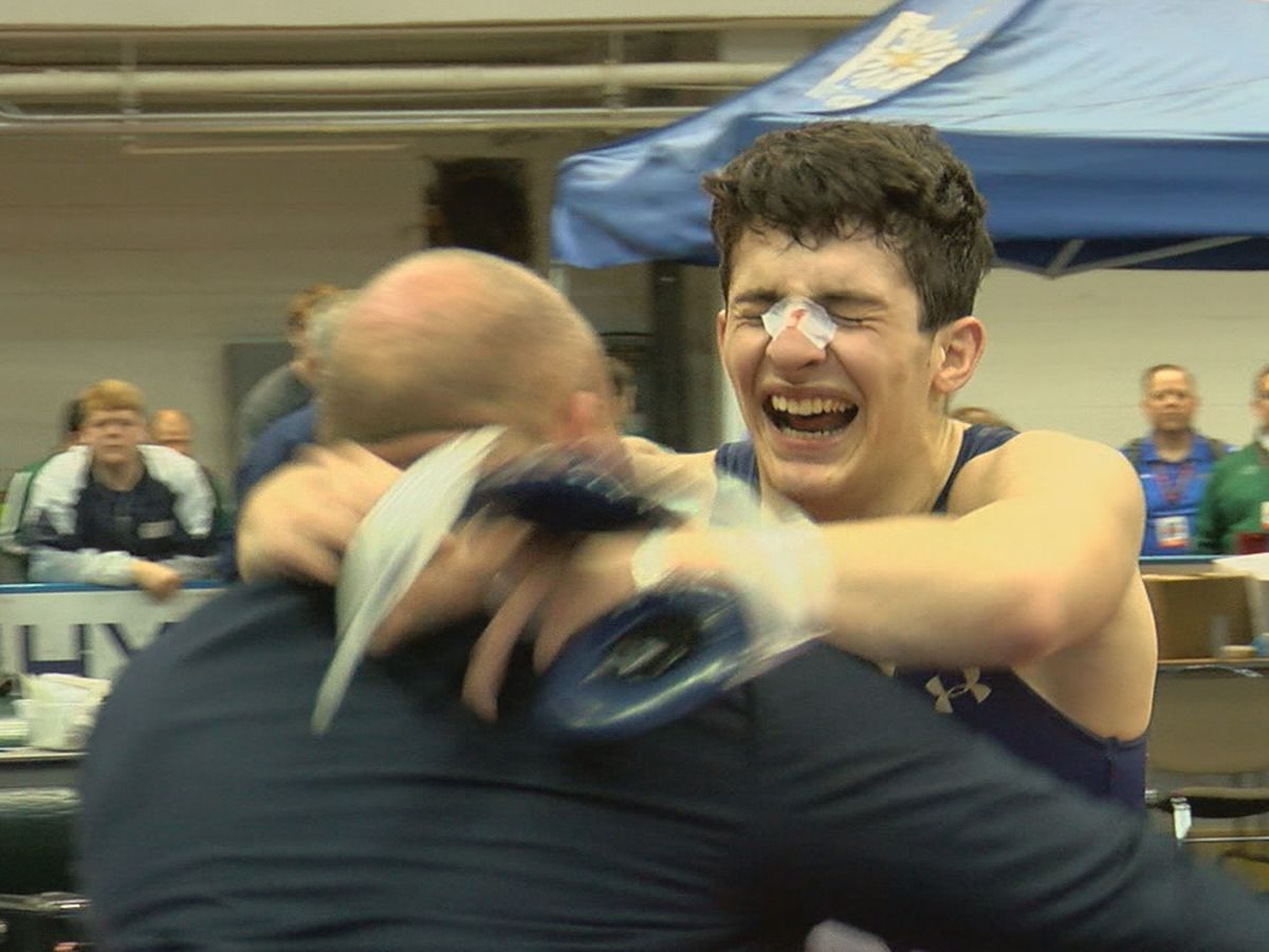 Moody wrestling team wins school's first AHSAA state championship