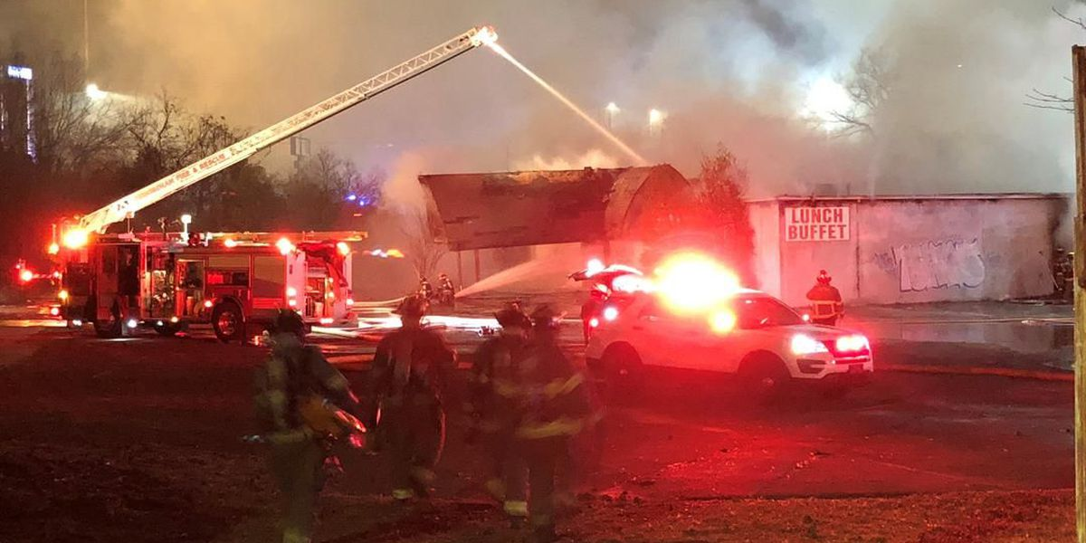 Birmingham firefighters respond to business fire on Montclair Road