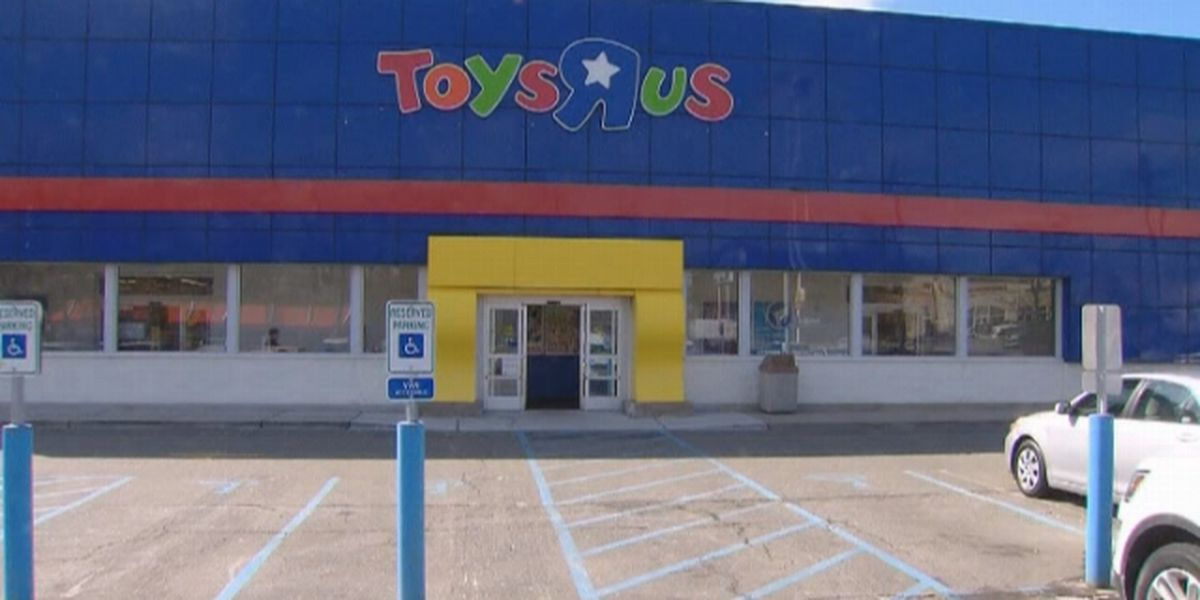 Toys 'R' Us agrees to pay $20M in severance to its laid off workers