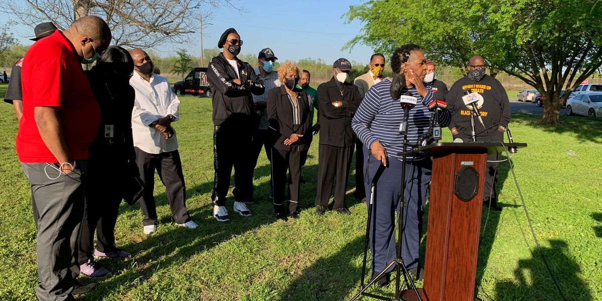 Faith leaders call for witnesses to come forward in Patton Park shooting