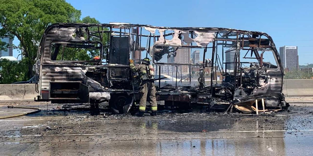 Vehicle fire shuts down I-65 in B'ham