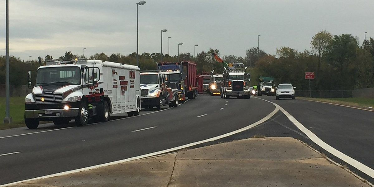FIRST ALERT TRAFFIC: Overturned 18-wheeler at Tallapoosa St. exit on I-59N