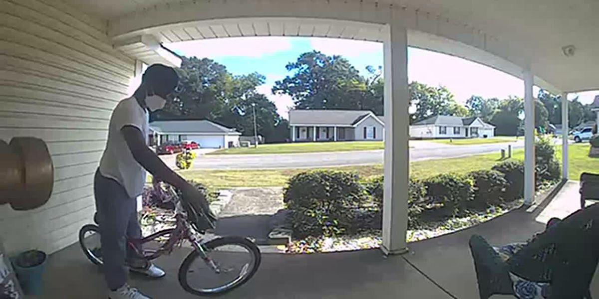 CAUGHT ON CAMERA: Man stealing girl's bike in Tuscaloosa