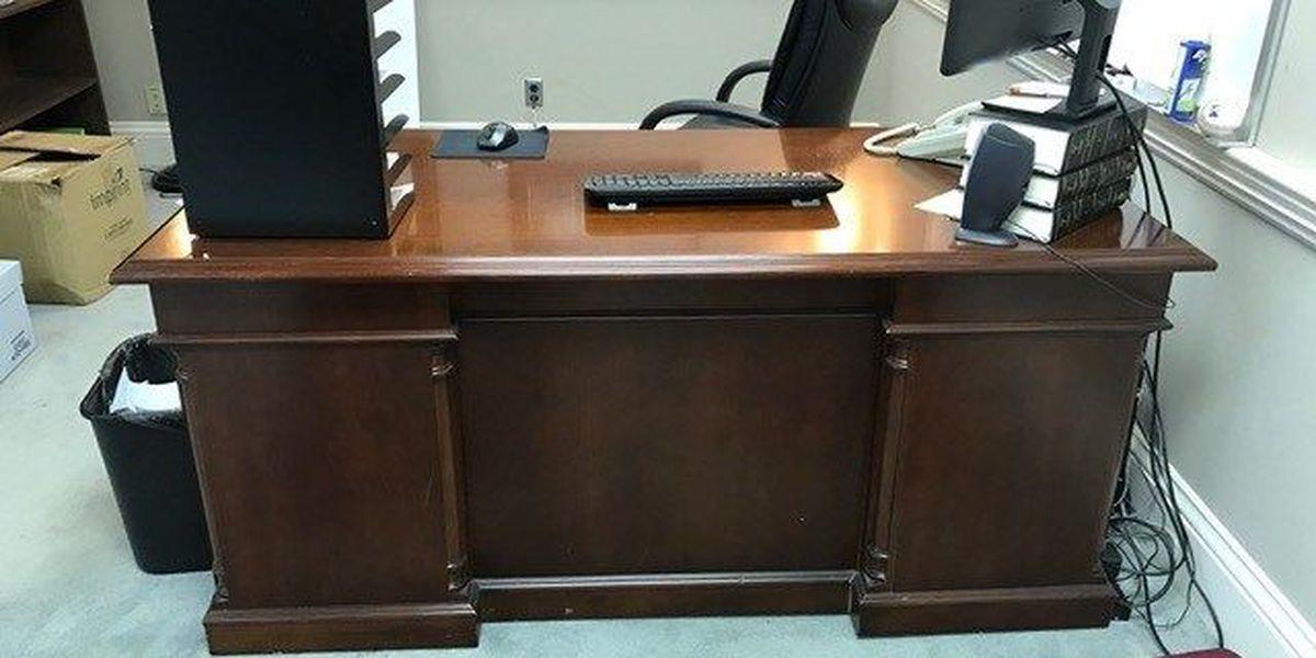 Alabama state auditor finds 'Wanda's desk'