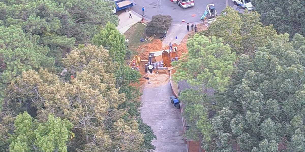 Authorities working to identify 2 workers killed in Hoover trench collapse