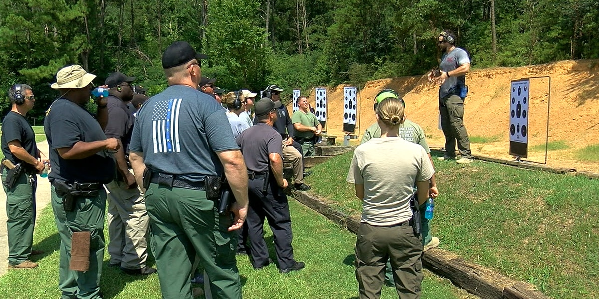 Jefferson county sheriff's deputies training to serve as school resource officers