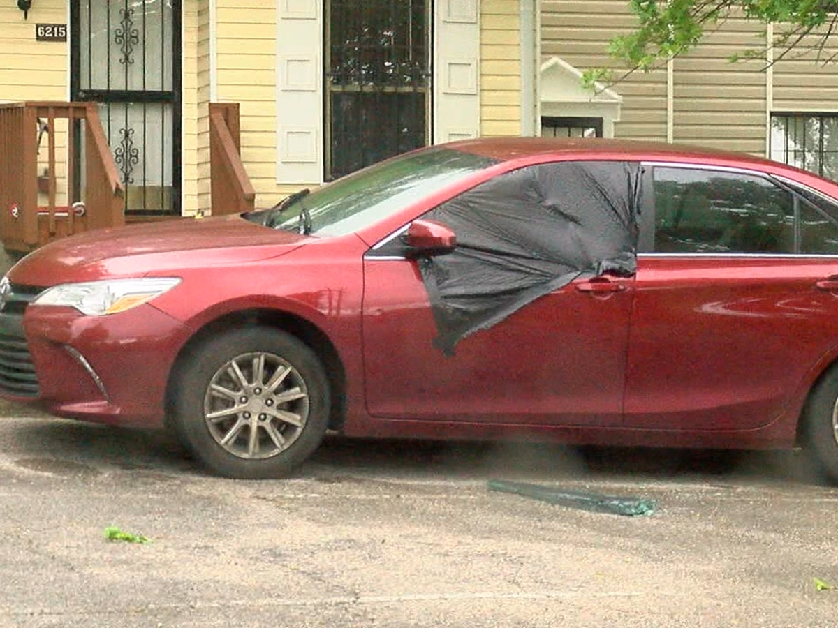 Nearly 20 cars broken into in Crestwood overnight Thursday