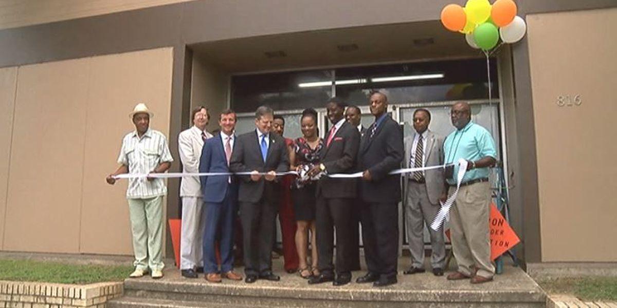 Construction job training center opens in Birmingham