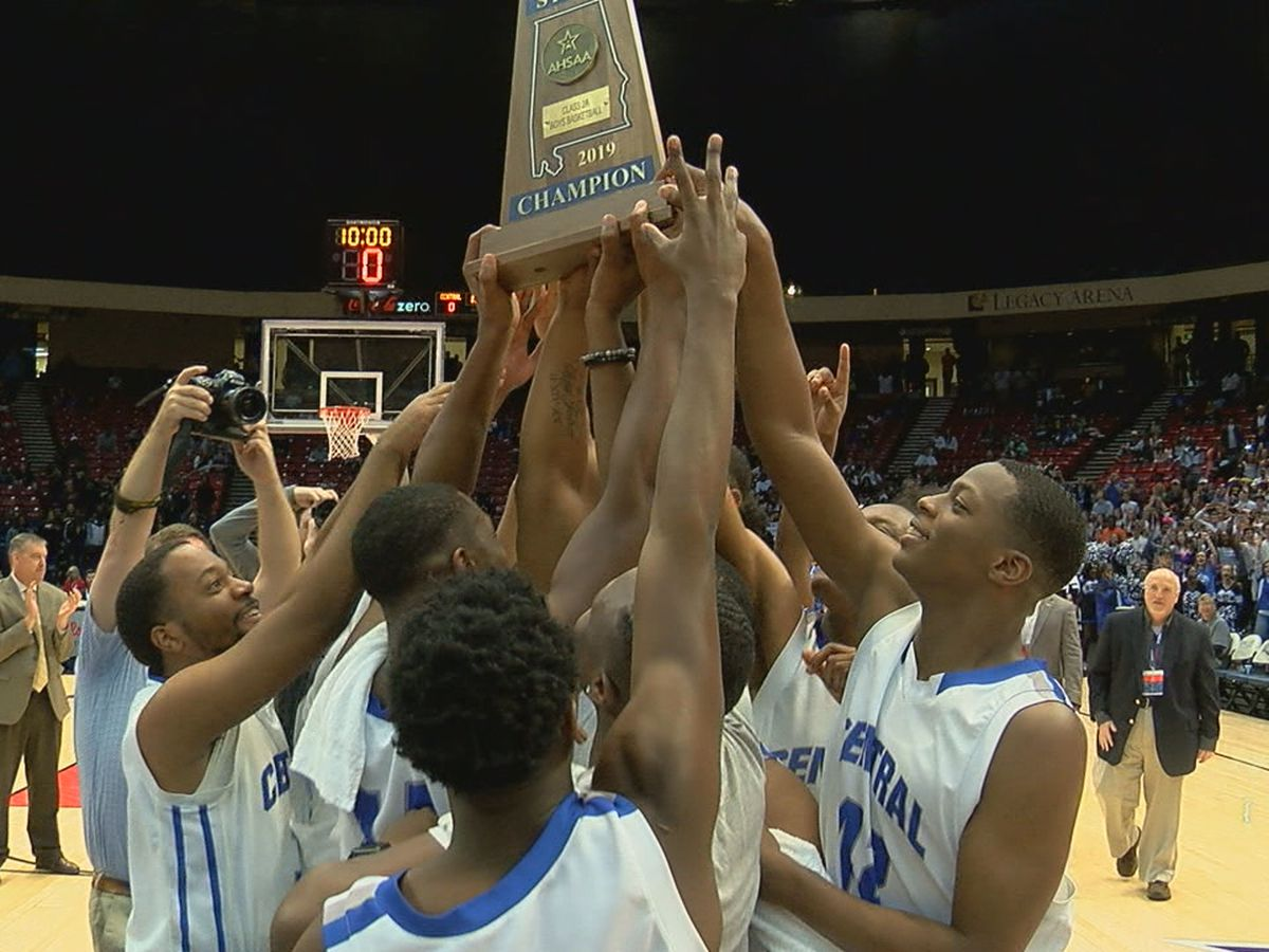 Central-Coosa upsets four-time defending state champs Sacred Heart, 54-52