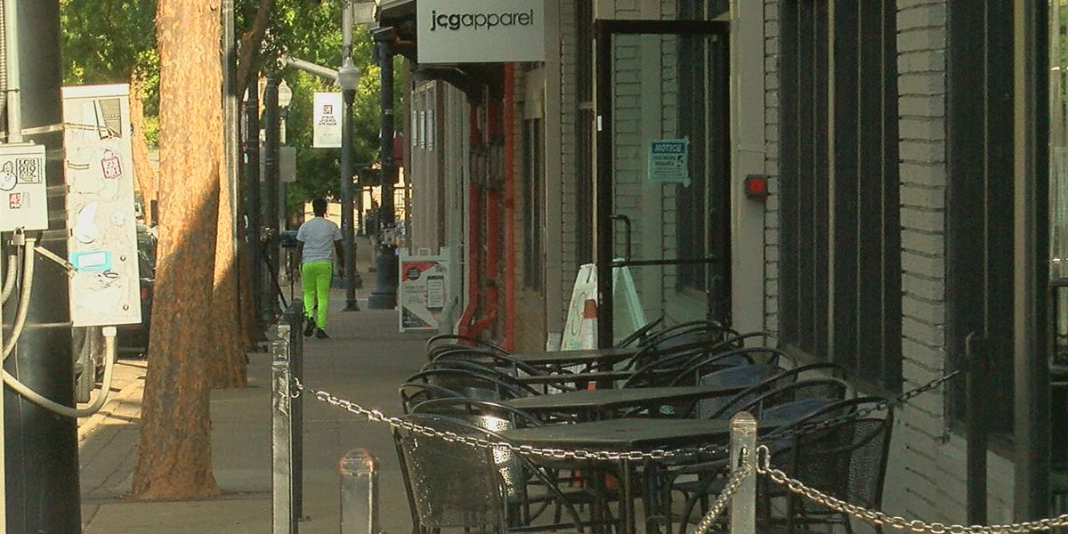 UA students & business owners react to bars shutting down in Tuscaloosa