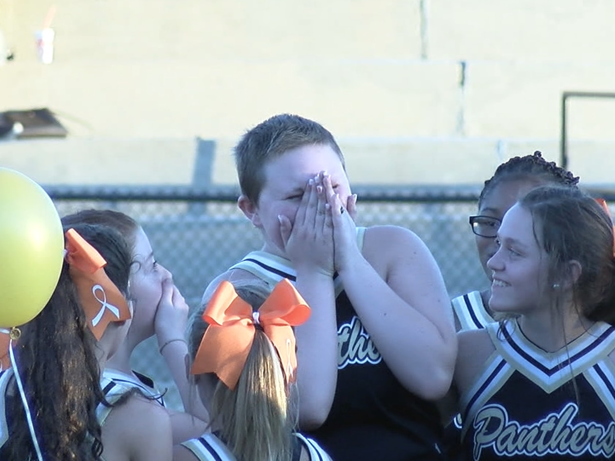 Make-A-Wish surprises local girl at Pell City Jr. High game