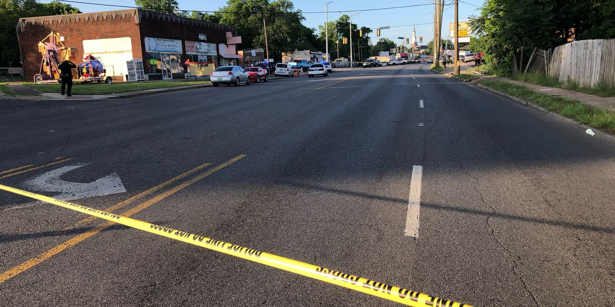 Man shot and killed standing outside Birmingham business