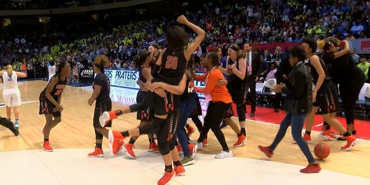 Hoover outscores Spain Park for 7A championship title