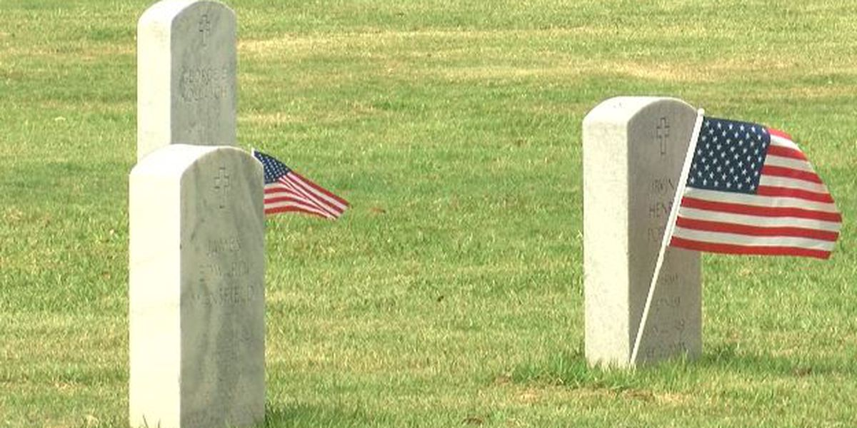 Alabama National Cemetery holds small, unique service for Memorial Day