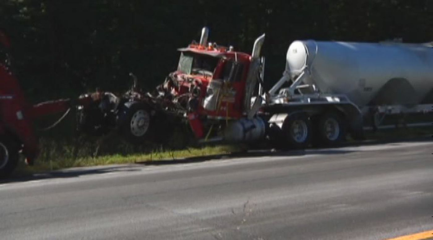 6 injured in I-20 East wreck, 1 in critical condition