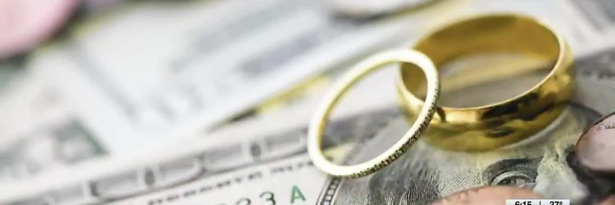 Make Ends Meet : Money and Marriage