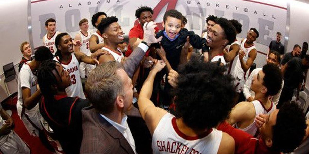 'Joy of our team' : Coach's son with autism inspires Alabama basketball team