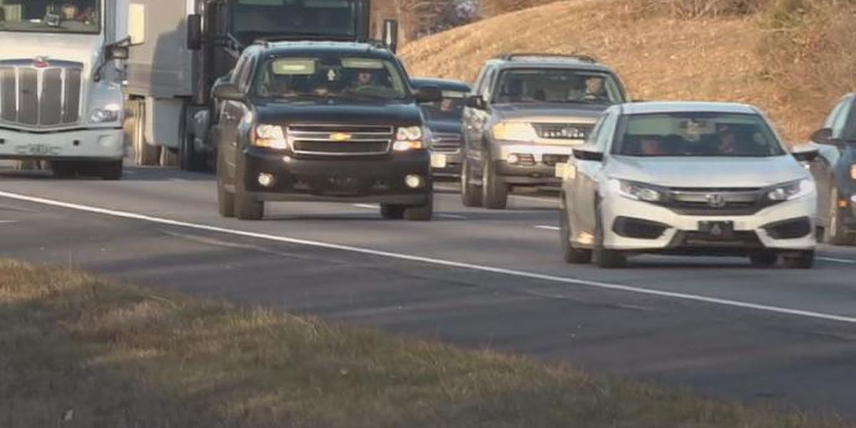 AAA expecting fewer travelers, low gas prices during holiday week