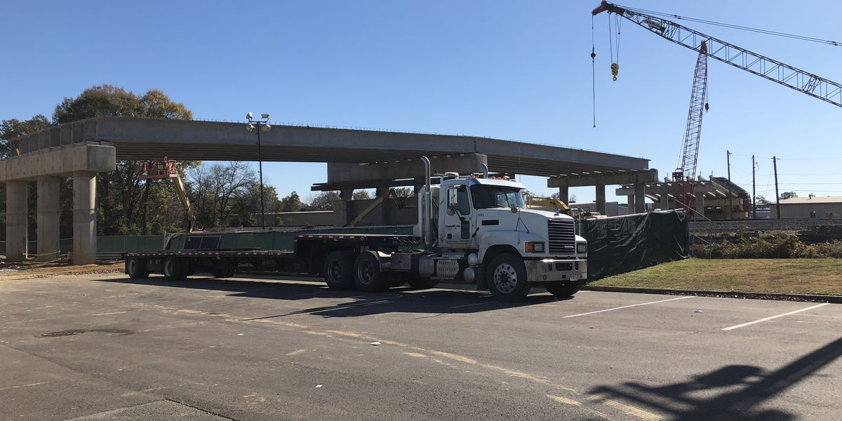 University of Alabama bridge over railroad tracks nears completion in 2021
