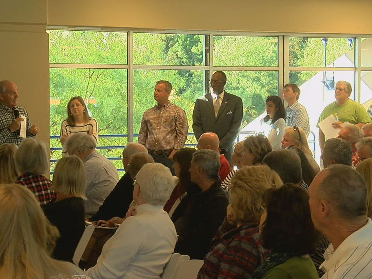 Hoover city leaders address concerns, answer questions about proposed hospital relocation