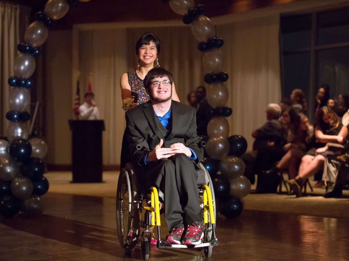 Junior League of Birmingham hosts annual prom for those with special needs