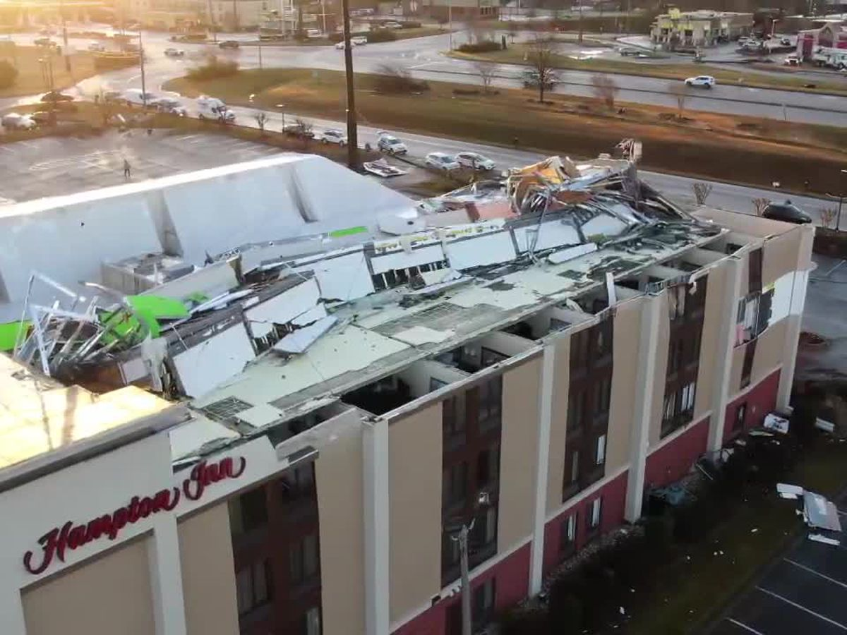 Indiana family survive tornado hitting Hampton Inn in Fultodale