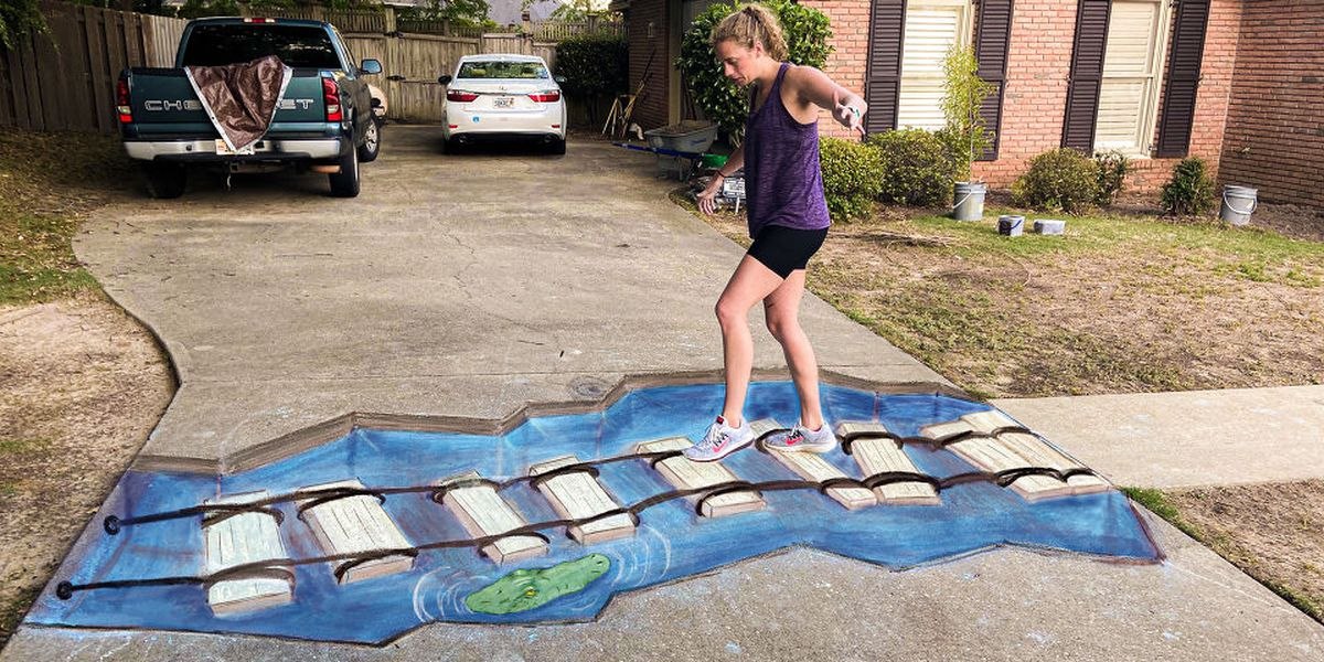 Mom, daughter turn to 3D sidewalk art amid pandemic
