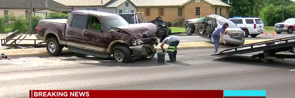 Tarrant police chase ends in wreck