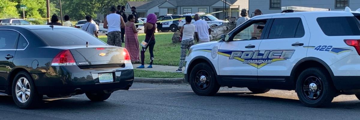 Police investigating homicide at west B'ham apartment complex