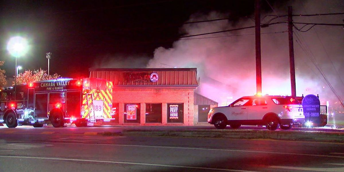 Fire heavily damages Highway 280 fast food restaurant
