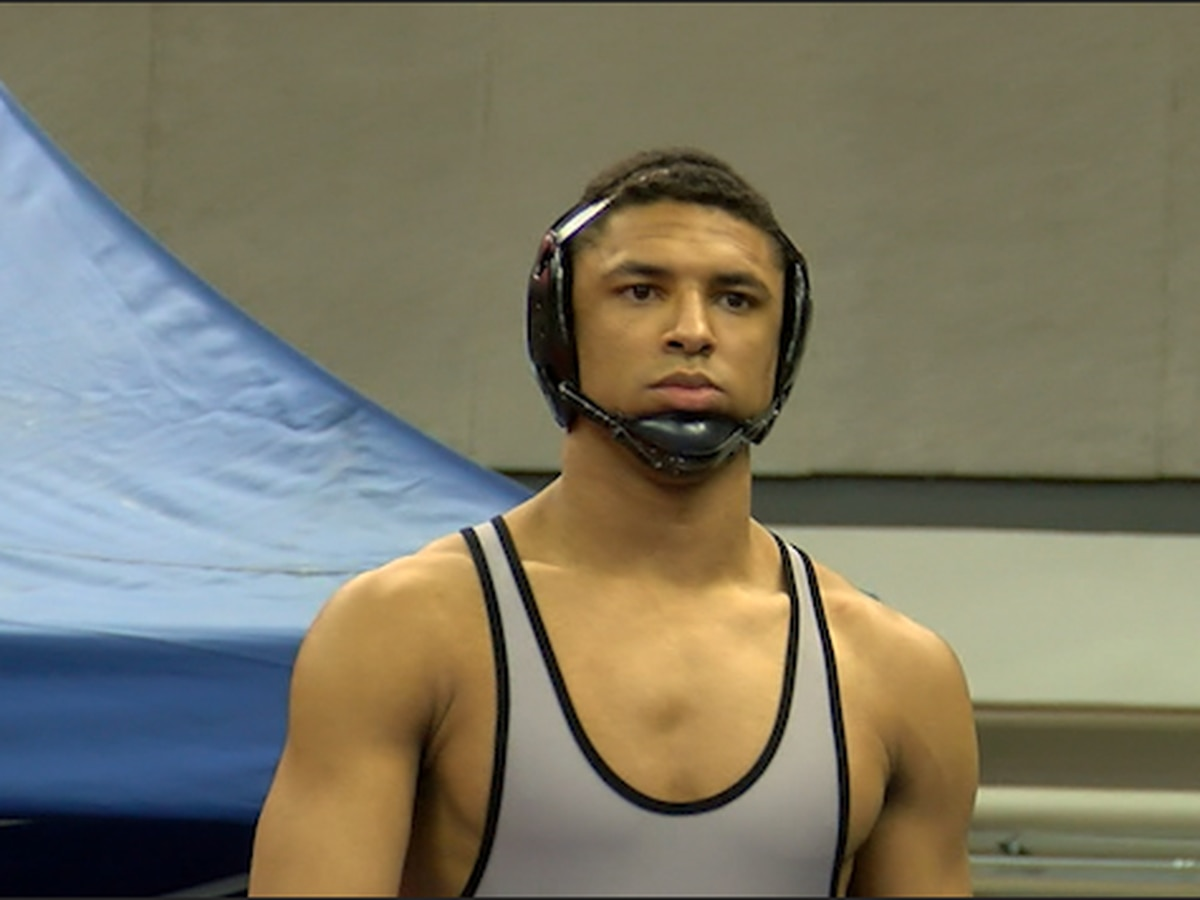 Alexandria wrestler becomes first to go undefeated, win 4 straight championships in AHSAA history
