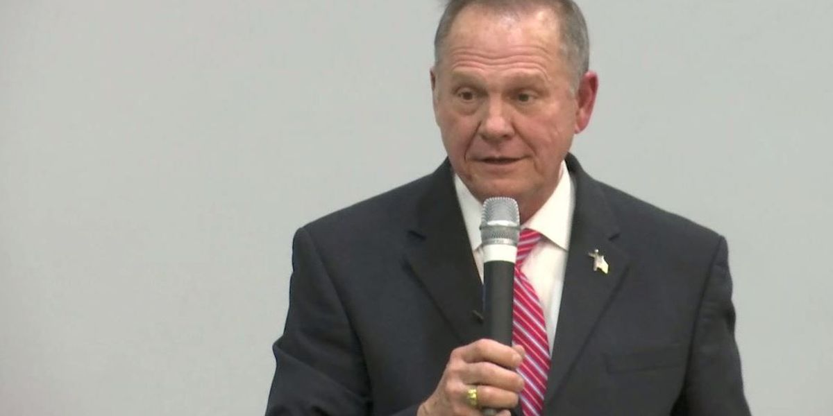 Roy Moore speaks at revival amid sexual misconduct allegations