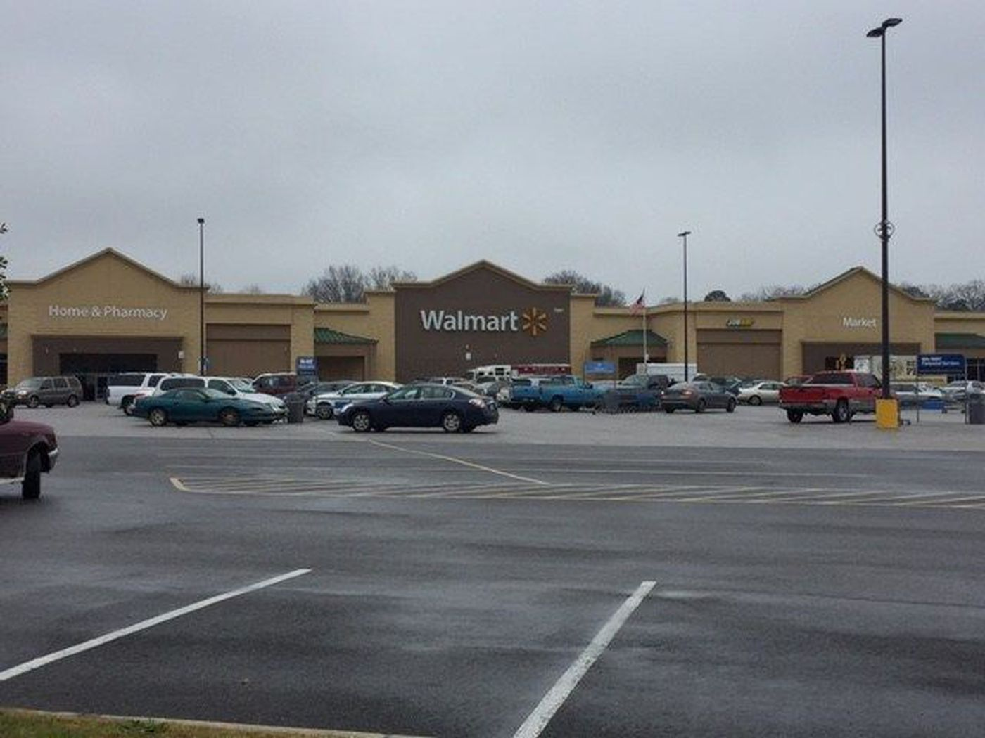 2 Walmart Locations Closing In Central Alabama Nine In The State