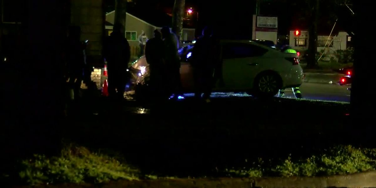 Driver hits a house in Birmingham