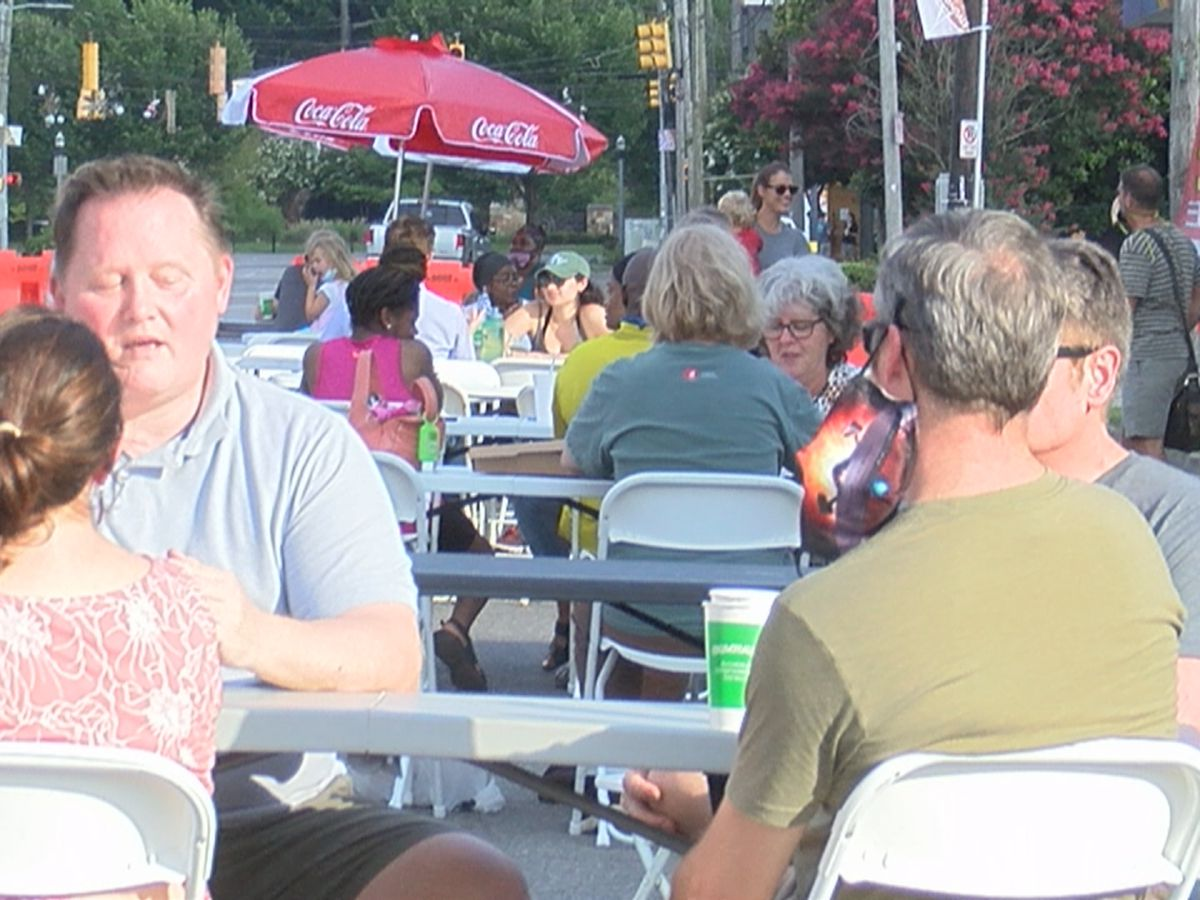 "Birmingham's ""Eat in the Streets"" takes over in Avondale"