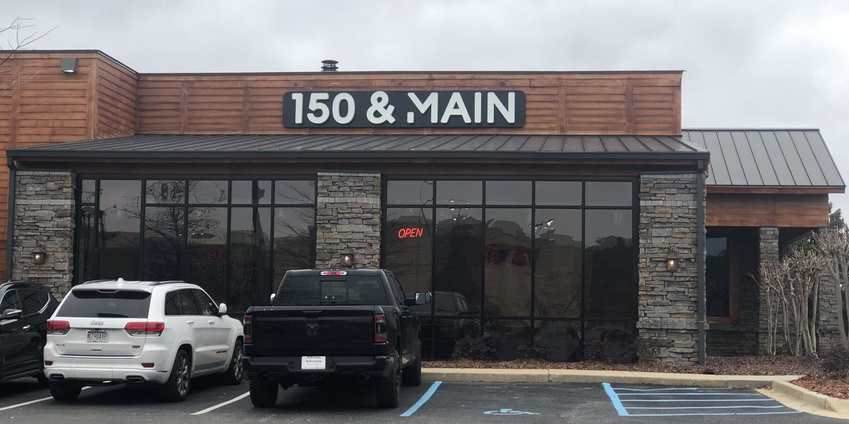 New locally owned restaurant opens in Hoover