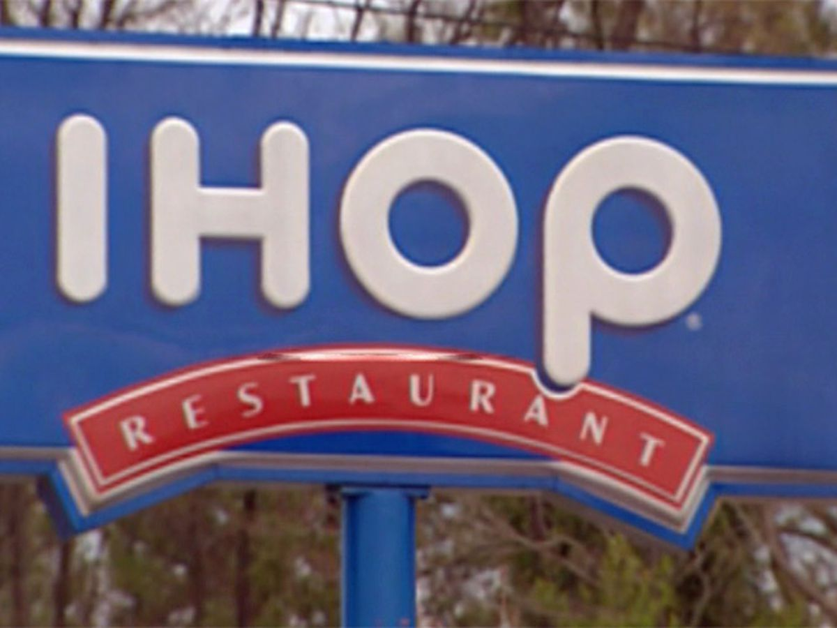 About 100 IHOP and Applebee's restaurants to close